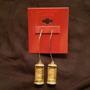 Fancy Jlo Earings buy 2 for $15 plus $4.99 shippin